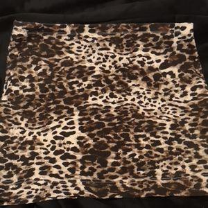 H&m leopard print skirt